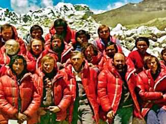Everest zdobyty ! - wspomnienia z wyprawy wiosną 1980
