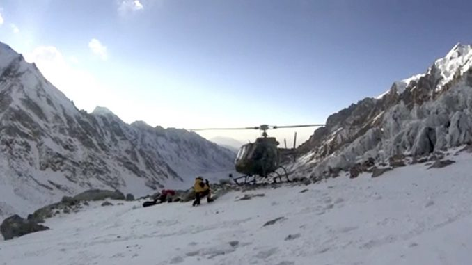 HELIKOPTER W KARAKORUM